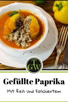 #Rezept für #gefüllte #Paprika mit #Reis und #Faschiertem bzw. #Hackfleisch - schmeckt wie bei #Oma - #Hausmannskost aus #Österreich Tasty, Yummy Food, Salzburg, New Recipes, Delicious Food, Good Food