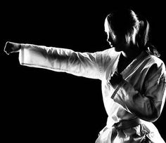 Every woman should know how to throw a good punch! Yes they should!
