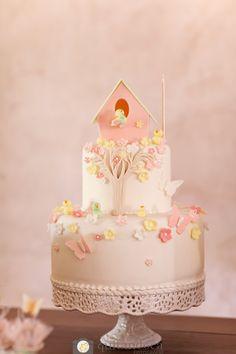 Festa_Meninas_Tema_Borboleta_Maquete_Bolo_Detalhe Bird Party, Butterfly Party, Baby Cakes, Bolo Sofia, Bird Birthday Parties, Dessert Decoration, Cake Table, Chocolate Cake, Cake Decorating