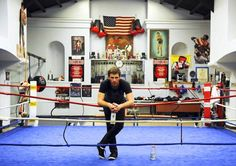 Boxing Training Workout, Boxing Gym, Learn Boxing, Boxing Trainers, Boxing Techniques, Mma Gym, Basement Gym, Local Gym, Training Center