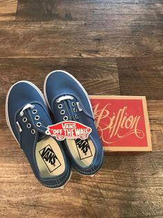 VANS Authentic Navy Rare Family Edition! Size 4 Mens  fashion  clothing   shoes f9b283f0a