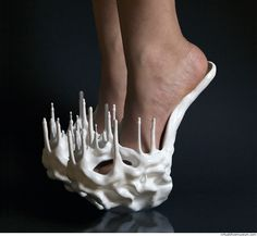 """Shoe Art - conceptual footwear design with no heel; stalagmites shoes // """"Stalactite"""" by Safa Sahin Funny Shoes, Weird Shoes, Crazy Heels, 3d Prints, Unique Shoes, Shoe Art, Beautiful Shoes, Designer Shoes, Me Too Shoes"""