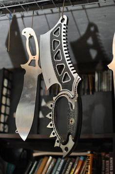 Not crazy about the knife, but I am really into that hatchet! Hence why I'm posting it.