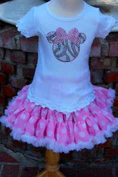 Cute Minnie Mouse outfit (Outfit to wear for minnie b-day party?)