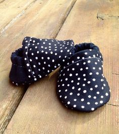 Black and White Polka Dot Cotton Flannel Baby by WithinThePines