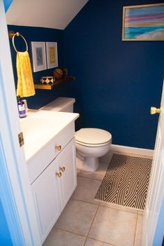 8 DIY Upgrades & Fixes for Builder Grade Bathrooms | Apartment Therapy