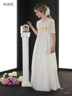 Flower girl Vestido colección Aire Barcelona LUNA, todos los vestidos en Odet Saüc, tu tienda de vestidos de novias, comunión, fiesta... al mejor precio