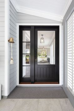 Hamptons on Sunshine – Intrim Mouldings There is one detail that has caught m… – front yard ideas with porch House Paint Exterior, Exterior House Colors, Interior Exterior, Interior Design, Interior Ideas, Hamptons Style Homes, Hamptons House, Br House, House Front