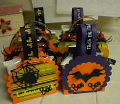 Halloween treat bags made with scallop circles