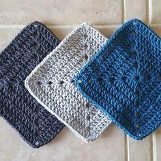 Testing colors for a new motif. I just love this teal blue. #crochet #crochetlove #crochetblanket #crochetafghan #yarn #yarnlove #addictedtoyarn #newhobby #addictedtocrochet #grannysquare #crochetgrannysquare #grannysquarebl #solidgrannysquare #solidgrannysquareblanket by lorimathews713
