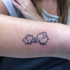 Elephants are super adorable and that's why they make perfect tattoo designs. Here are some of our fave small elephant tattoo designs we guarantee you'll love. Little Elephant Tattoos, Simple Elephant Tattoo, Baby Elephant Tattoo, Elephant Tattoo Design, Elephant Head, Baby Tattoos, Head Tattoos, Body Art Tattoos, Tatoos