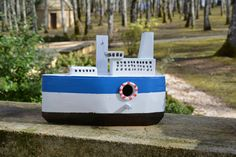 Boot - Birdhouses. Handmade By Cor van de Velde Petite Maison Daglan