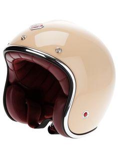 Designer Hats For Women Motorcycle Helmet Design, Womens Motorcycle Helmets, Motorcycle Equipment, Scooter Helmet, Scooter Motorcycle, Vespa Scooters, Motorcycle Girls, Nissan 370z, Ruby Helmets