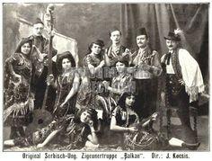 Serbian Hungarian Gypsy band , Balkan Men (Costume idea for WIP) Gypsy Men, Gypsy Life, Gypsy Soul, Bohemian Gypsy, Gypsy Trailer, Gypsy Caravan, Romanian Gypsy, Gipsy Music, Gypsy People