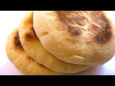 Turte coapte in tigaie cu capac, pe aragaz / Paine de casă fără coacere în cuptor - YouTube Bread Baking, I Foods, Bread Recipes, Stove, Bakery, Deserts, Goodies, Homemade, Cooking