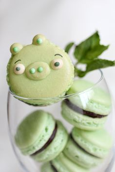 the angry birds pig macaroons - i think the blog is in hebrew..@Keren Rosen