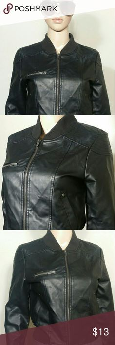 Forever 21 Womens Black Full-Zip Leather Jacket Size S SMALL In Very good condition!! Very adorable!! A great gift!! Fast shipping!! Forever 21 Jackets & Coats