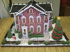 The brick work on this Mansion Gingerbread house that Nelli Metcalf crafted is stunning!  Certainly a work of art.  Pattern available at www.ultimategingerbread.com