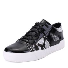 584c9c796912 2017 New Spring And Autumn Men s Low Top Korean Sports Shoes Teen And Men s  Shoes Men s