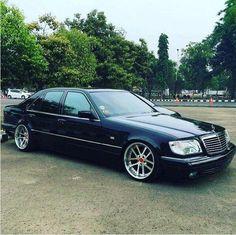 #Mercedes_Benz #Slammed on low pros