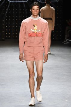Topman Design Spring 2017 Menswear Fashion Show