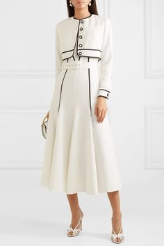 Casual Work Outfits, Classy Outfits, Simple Dresses, Beautiful Dresses, Hijab Fashion, Fashion Dresses, Sparkly Outfits, Formal, Style Royal