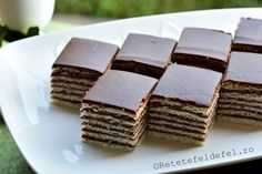 Very Helpful Cacao Benefit Strategies For cacao benefits energy bars Romanian Desserts, Romanian Food, Dark Chocolate Cakes, Raw Chocolate, Just Desserts, Dessert Recipes, Cacao Benefits, Health Benefits, Cacao Recipes