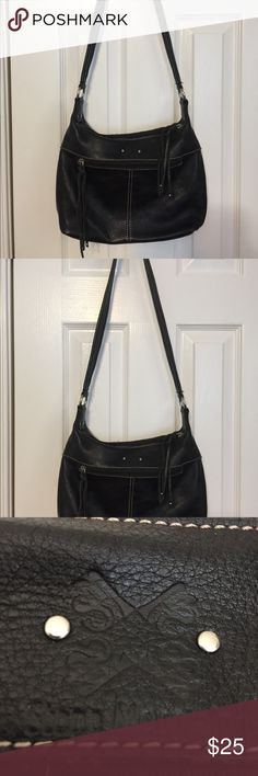 EUC Stone Mountain black leather purse, lots pocke EUC Sone Mountain black leather, boho look Purse, lots of pockets , one small stain in bottom lining Stone Mountain Accessories Bags Crossbody Bags