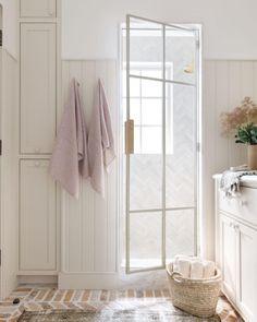 Amber Lewis (@amberinteriors) • Instagram photos and videos Custom Home Builders, Custom Homes, Bathroom Inspiration, Interior Inspiration, Bathroom Ideas, Bathroom Inspo, Bathroom Colors, Bath Ideas, Bathrooms