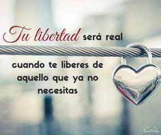 ¿Para qué sigues cargando aquello que ya no necesitas? Cuando lo sueltes, solo entonces, tu #libertad será real. | www.raquelcabalga.com |