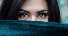 Looking Into Someone's Eyes For Longer Than 10 Minutes Induces Altered State of Consciousness http://www.corespirit.com/looking-someones-eyes-longer-10-minutes-induces-altered-state-consciousness/ #AlternativeandNaturalMedicine, #EvolutionaryPsychology, #LifestyleBehavior, #MentalWellness, #Mind, #Neuroscience, #Psychology, #Science
