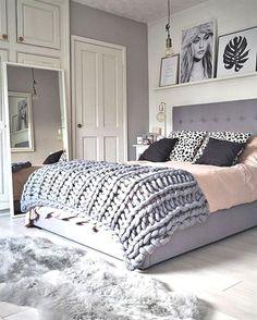 Grey and White Teenage Girl Bedroom Ideas #SmallBedrooms