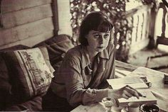 Gin, Cigarettes, and Desperation: The Carson McCullers Diet.  (click through to Paris Review article. rw)