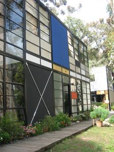 The Eames House: husband and wife Charles (1907-1978) and Ray Eames (1912-1988) built a modern house and studio in Pacific Palisades -