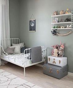 "3,922 aprecieri, 17 comentarii - Scandinavian Homewares (@istome_store) pe Instagram: ""Happy Friday everyone! How lovely is this kid's room by @victorialenefors String Pocket shelf is…"""