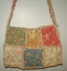 Free Rag Bag Purse Instructions | Up the Rainbow Creek: Make A Charm Pack Raggy Quilt Purse -Here's How