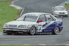 Volvo's S40 entry in the 1998 BTCC series.