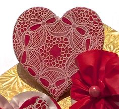 SugarVeil Circle Bouquets Heart | Cookie Connection