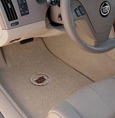 Auto Car Detailing: Carpet Cleaners for Spotless Car Interiors!