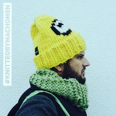 #knittedbymachomen