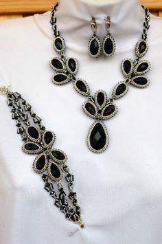 Beaded crochet necklace and bracelet
