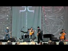 Brandi Carlile sings Johnny Cash - Folsom Prison Blues - San Diego Lilith 070710- Oh my goodness, doesn't this look like fun?  She is sooo amazing!!  I love it when she plays this.  :)