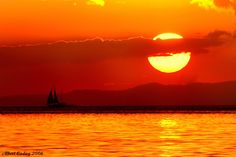 sunset like no other - manila bay Travel Around The World, Around The Worlds, Department Of Environment, Boracay Island, Life Photo, Beautiful Sunset, Manila, Nature Pictures, Nice View