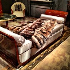 Jules Leleu daybed from Maison Gerard