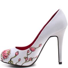 i hate that i like these becasue they are ed hardy and i HATE ed hardy. but they are too cute,