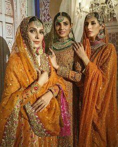 Pakistani Mehndi Dress, Pakistani Wedding Dresses, Indian Wedding Outfits, Pakistani Outfits, Bridal Outfits, Indian Dresses, Indian Outfits, Sikh Wedding Dress, Wedding Dresses For Girls
