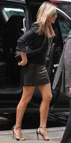 Jennifer A con tacones de 15cm.