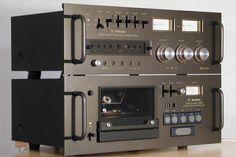 Combo - Technics Tape Transport 9900 and Record/Reproduce Amplifier 9900 two unit professional tape deck. Hifi Amplifier, Audiophile, Hifi Audio, Audio Speakers, Technics Hifi, Tvs, Audio Rack, Professional Audio, Cassette