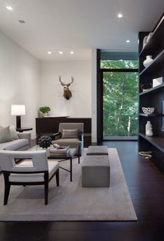 Architecture studio Specht Harpman Architects designed the New Canaan Residence, a modern house located in Connecticut. Living Room Interior, Home Living Room, Living Spaces, Small Living, Design Salon, Deco Design, Modern Interior, Interior Architecture, Interior Design