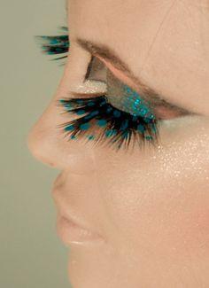 Turquoise eyes makeup